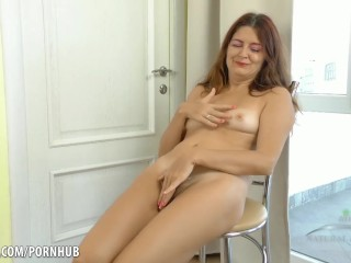 Ms foot-fetish golden rain