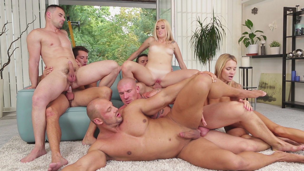 Girles with big tits giveing blowjobs
